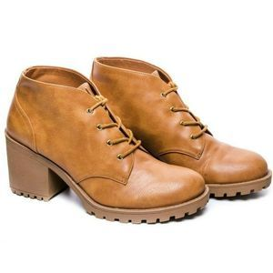 Arizona Women's  Rela Lace Up Ankle Boots size 10